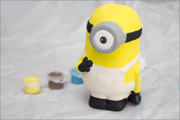 Minion_Action_spaarpot_4_zwart