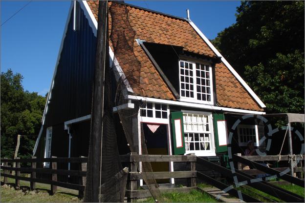 openluchtmuseum arnhem huisje