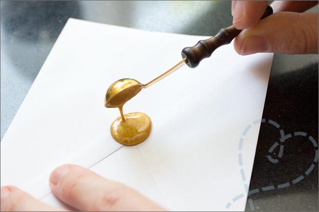 wax op envelop