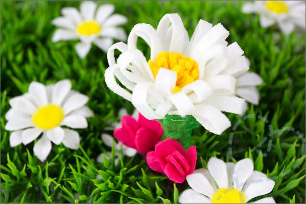 bloemetjes van vilt action