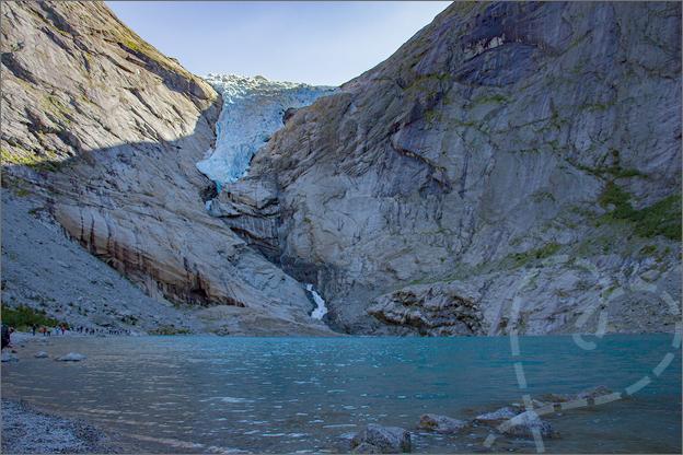 Jostedalen gletsjer briksdal vallei noorwegen vakantie