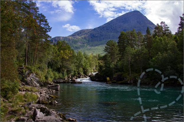 Reisverslag Noorwegen meren en waterval