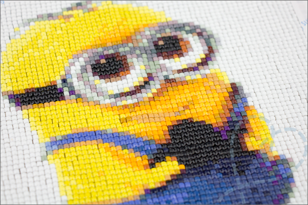 Diamond painting Aliexpress Minion eindresultaat detail