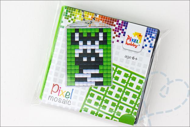 Pixel art medaillons verpakking