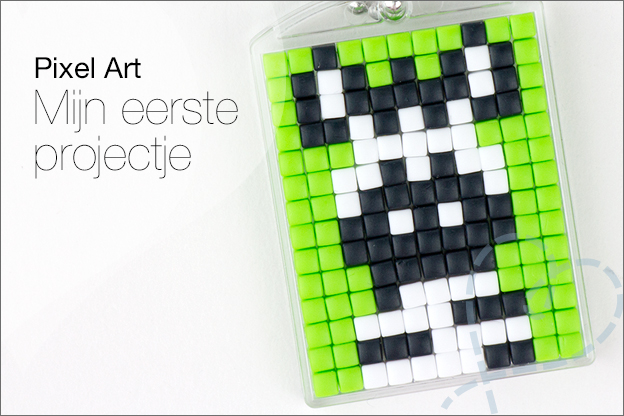 Pixel art proberen medaillons sleutelhanger