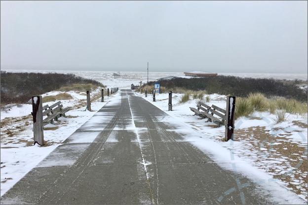 Sneeuw op het strand