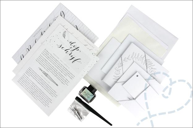 MUS kalligrafie set inhoud Dip schrijf