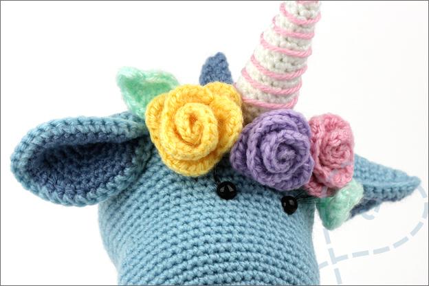 Haken Dinocorn Bobby bloemen rozen