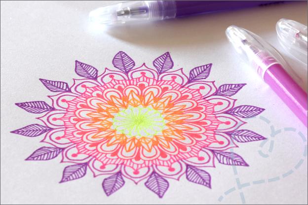 DIY Mandala tekenen gelpennen uitleg