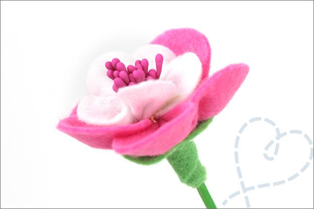 Bloemen van vilt paars