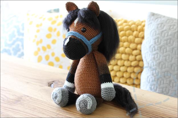 Haken paardje piem makkelijk haakpatroon