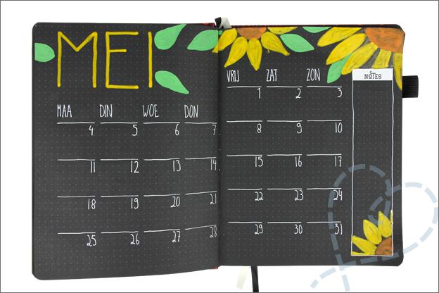 Black Journal maand pagina inspiratie mei bloemen