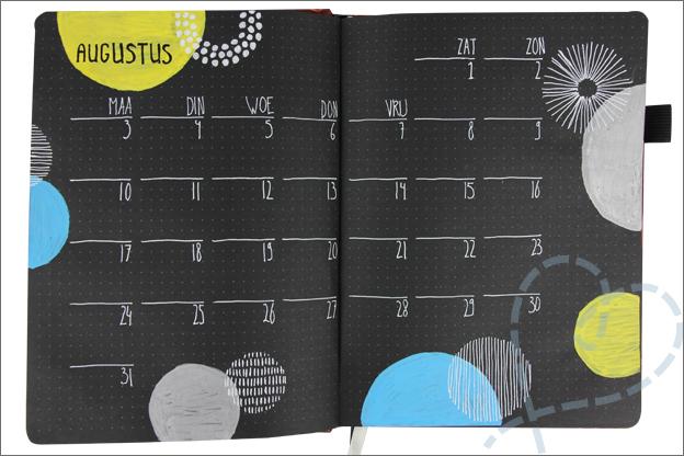 Black journal augustus grafisch inspiratie