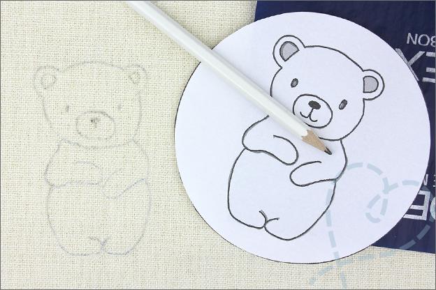 Borduren beer borduurpatroon carbonpapier kaaslinnen stof