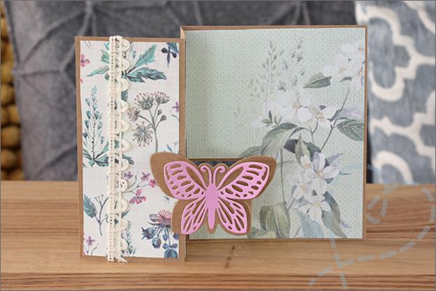 Staande vouwkaart romantisch vlinder