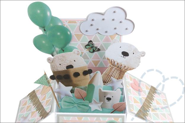 Kaart maken in doos speciaal voor geboorte