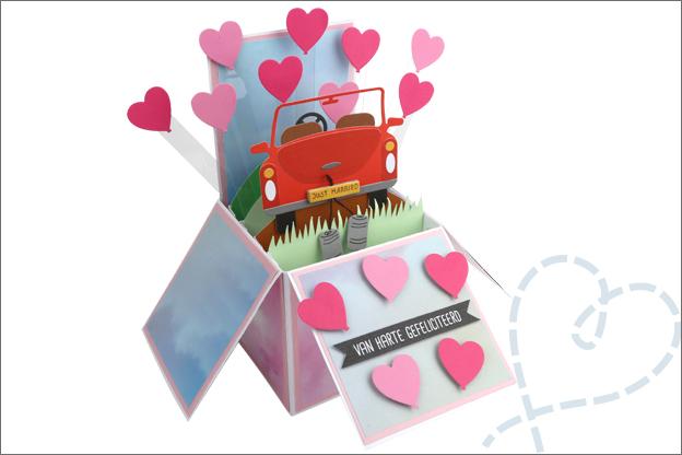 Kaart maken in doos trouwkaart 3D hartjes