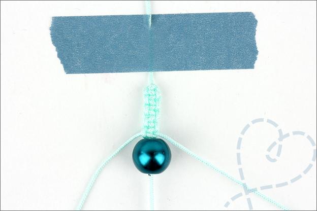 Armband maken 3 kraal rijgen