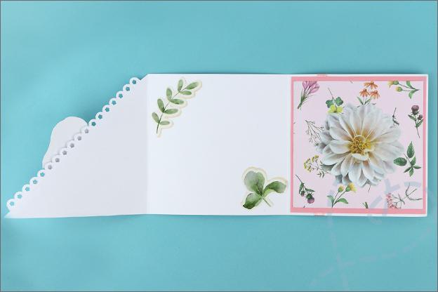 Vierkante vouwkaart bloemenkaart